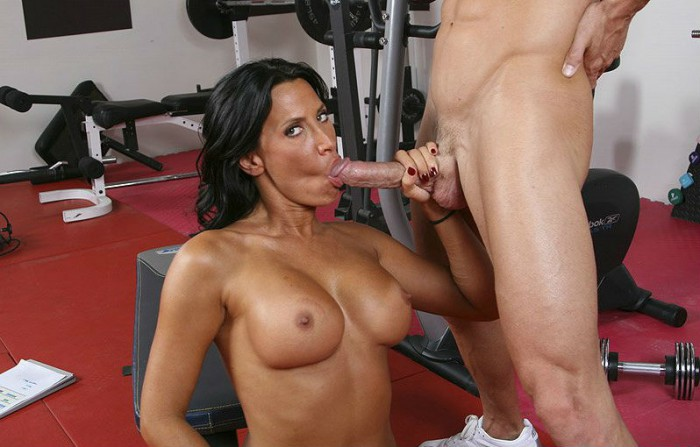 Lezley Zen Blow Job
